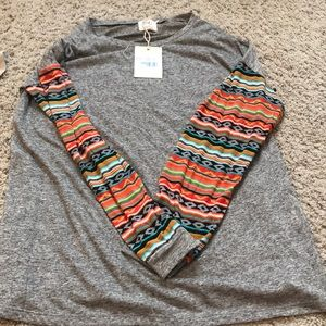 Tops - gray t-shirt with tribal sleeves